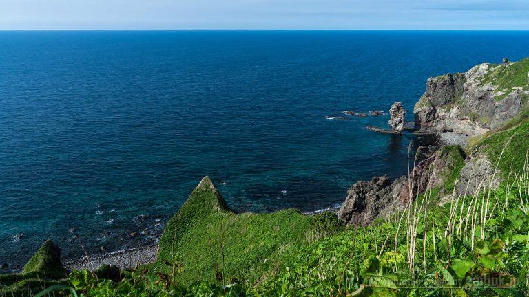 海が青い!積丹ブルーが広がる絶景と奇岩巡り
