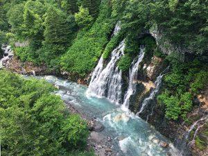 6月の北海道旅行に!美瑛(びえい)「白ひげの滝」